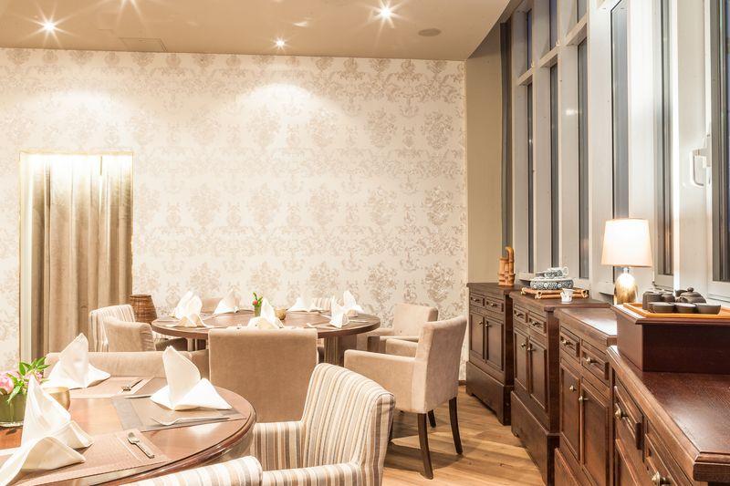 Hotelsessel-Sessel-fuer-Restaurants-REGIS-M